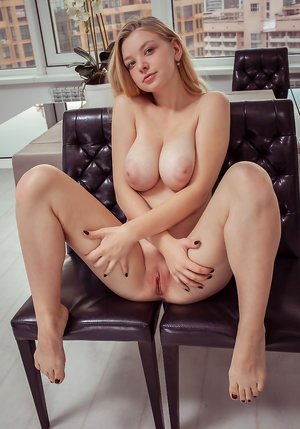 Young Milfs Porn